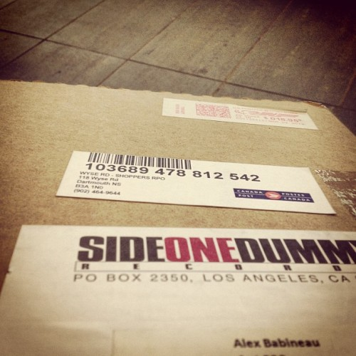 xababineaux:  Side one dummy wins fastest shipping of the year. #sideonedummy #titlefightcarepackage  Do we get a trophy?