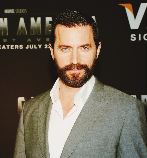 athlstans:  The Armitage Breakdown 11/?