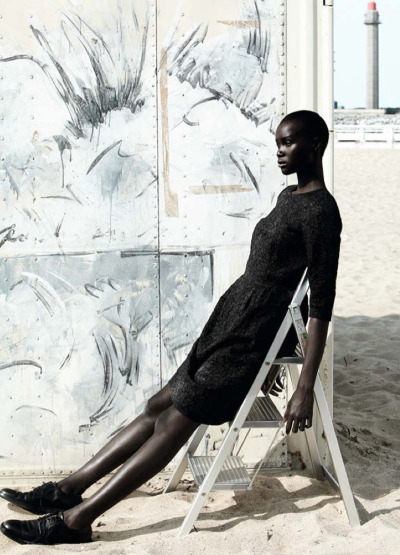 "stopdropandvogue:  Ataui Deng in ""Dries Van Noten"" for French Revue de Mode #17 photographed by Giulia Noni"