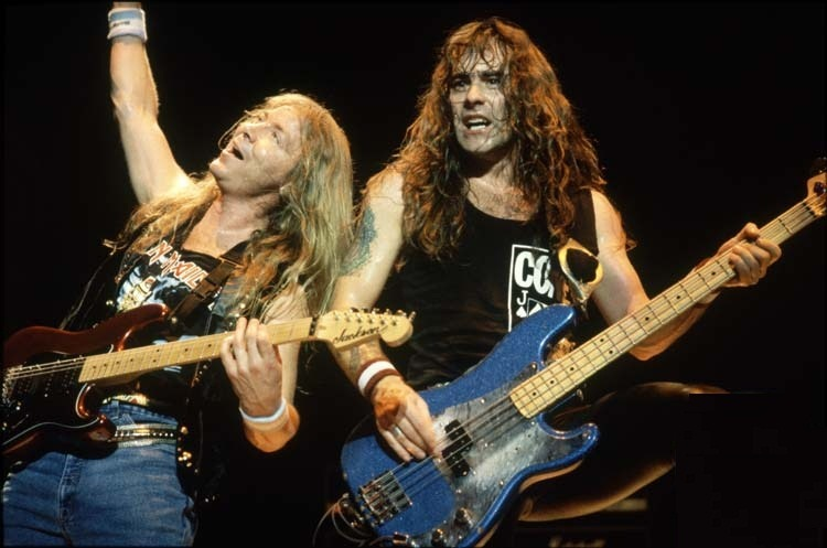 metal-kill-the-king:  Dave Murray and Steve Harris