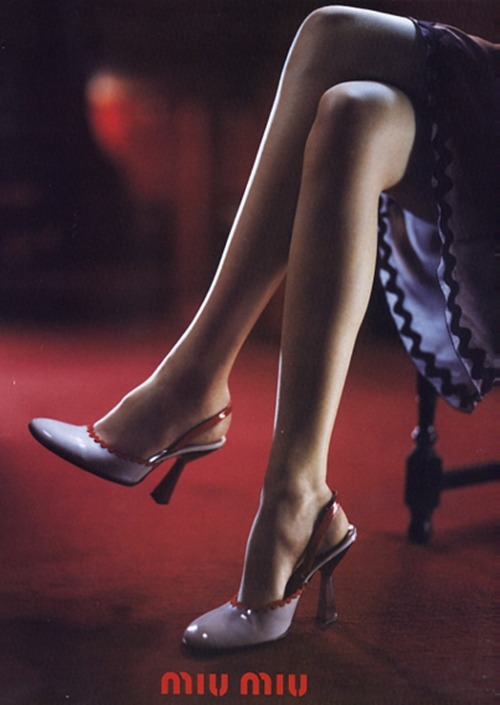 80s-90s-supermodels:  Miu Miu S/S 1998Photographer : Glen LuchfordModel : Zora Star