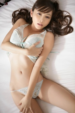 bustysexyasiangirls:  Follow > Reblog > ReTweet ::  Japanese queen of boobs Anri Sugihara 杉原杏璃 in a very sexy and kinky pose! For more Hardcore Asian action:http://bustysexyasiangirls.tumblr.com/Good