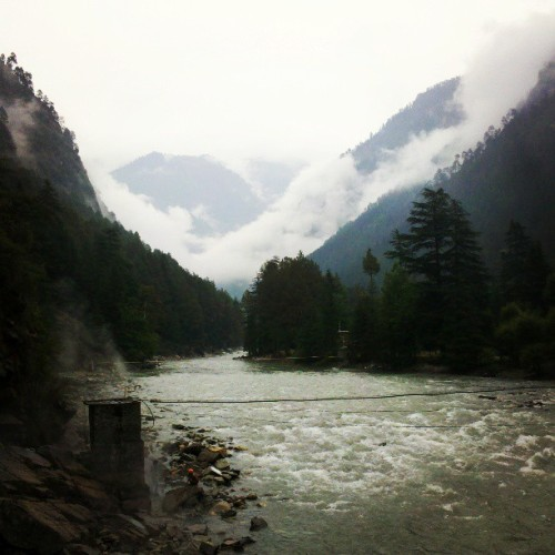 The beautiful#Kasol. #river #valley #hills