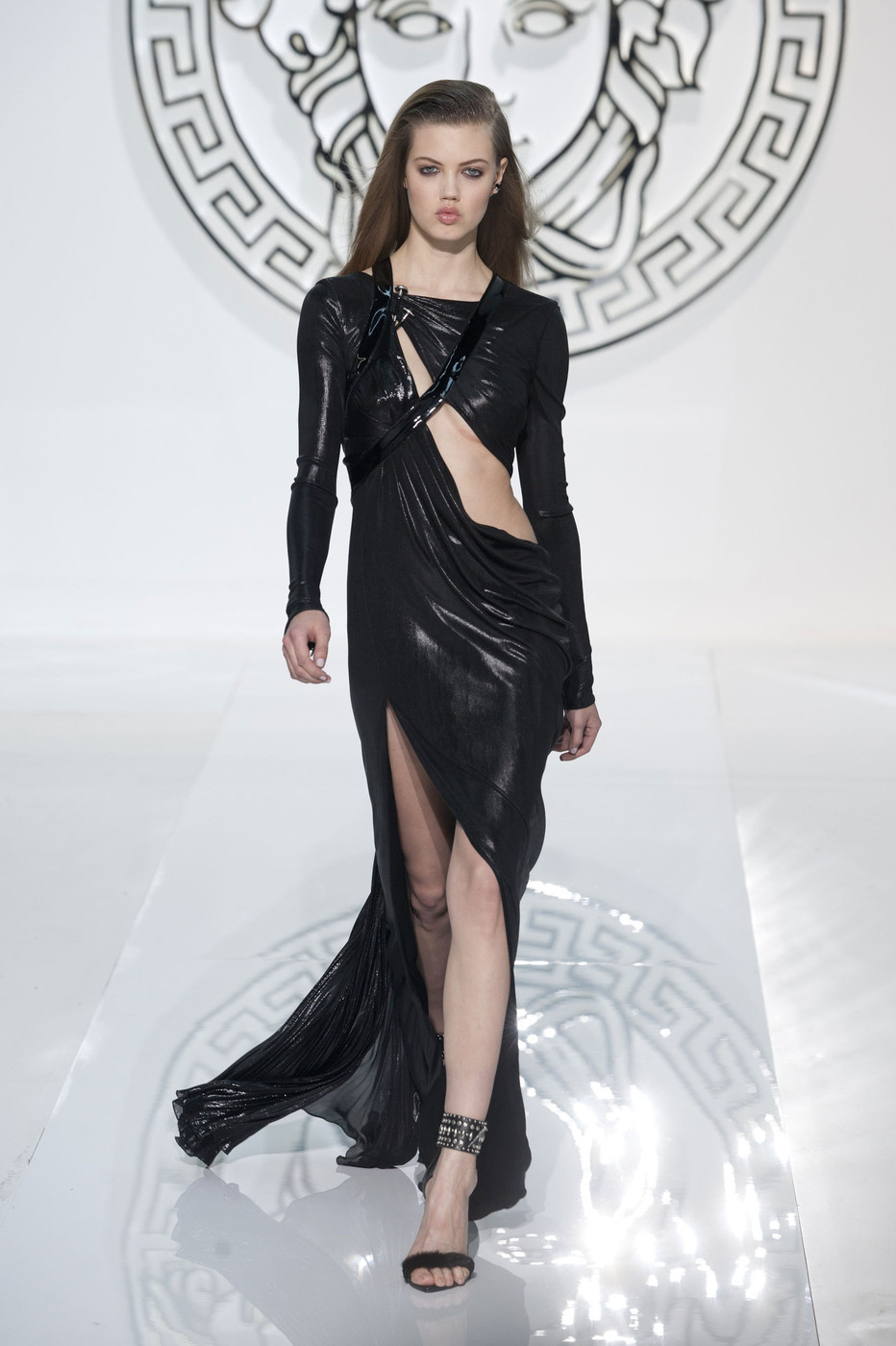 Lindsey Wixson at Versace Fall Winter 2013 | MFW