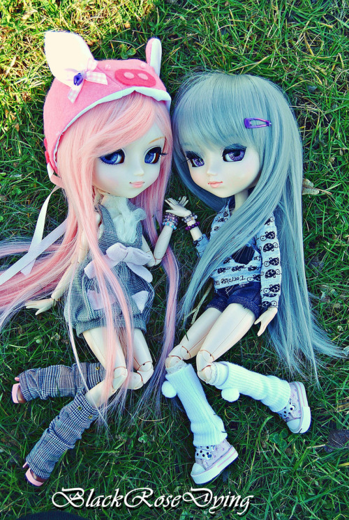 amazingdollphotography:  Hikari and Ianthe By ~BlackRoseDying~