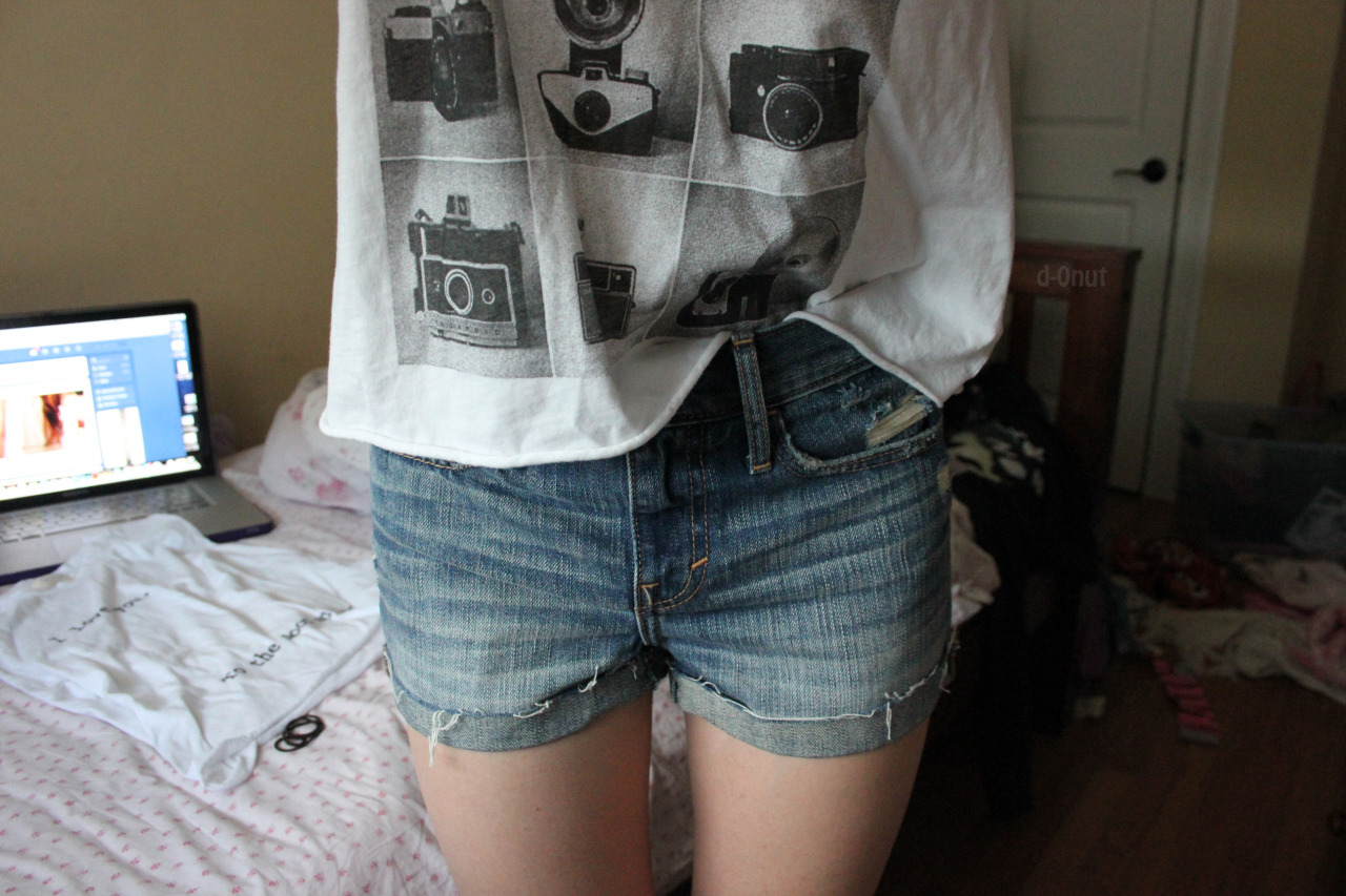 d-0nut:  I also got high wasted shorts oh