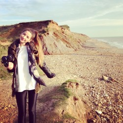 zoella:  Had such a good few days in the Isle of Wight with friends :) miss it already.