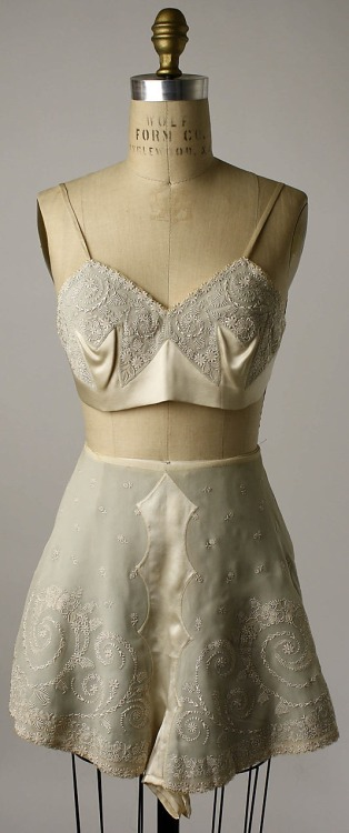 Vintage Lingerie…Embroidered silk tap pants and bra, early 1920s