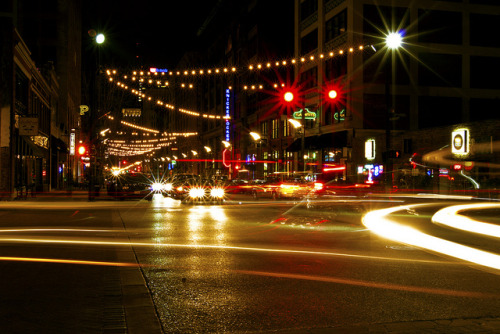 morethanthearch:  St. Louis NightLife by lee myers2013 on Flickr.