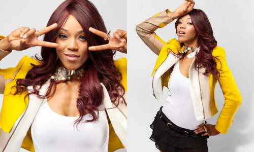 New WWE.com photoshoot feat. Alicia Fox: click here.