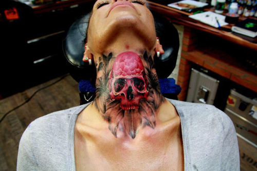 thievinggenius:   Tattoo done by Marcel Daatz.