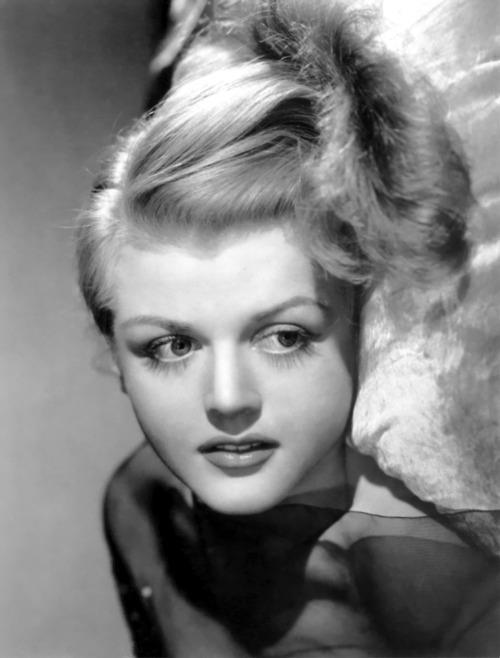 greatbuffalotradingpost:  Angela Lansbury in the 1940's