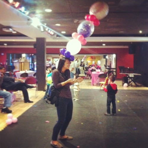@gahbeast trying to balance the balloons! At Keziah's dedication 👶🎀🎉🎈