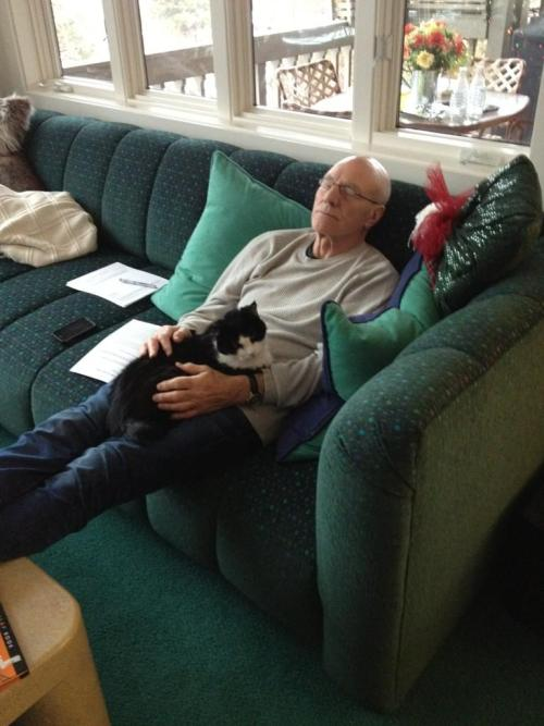 cuteboyswithcats:  found on sir patrick stewart's twitter feed. ;3 -wynden