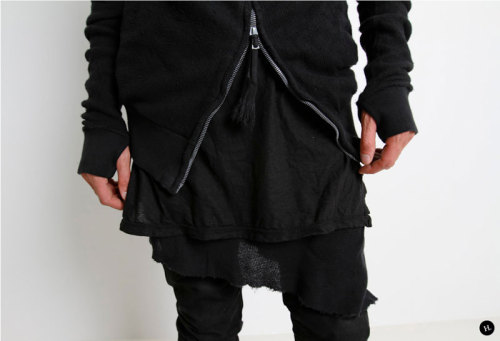 50-000:  Boris Bidjan Saberi - Fall/Winter 2012 (via H. Lorenzo)