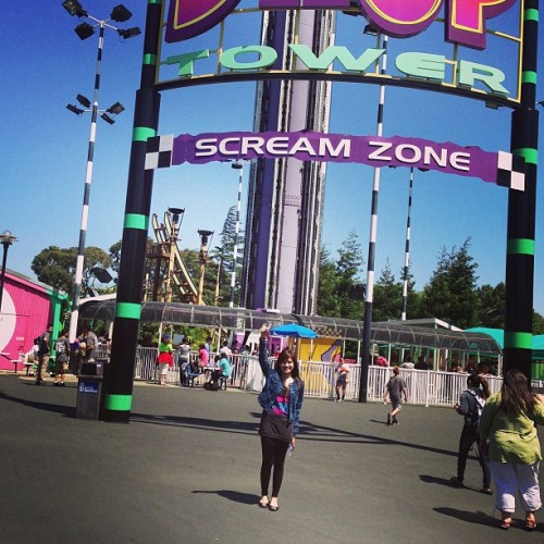 elliemja:  Wohoo drop tower! Going mexican Roller coaster rides on the go Driving lesson 101 #purple Driving lesson 102 #orange #unfilter ©