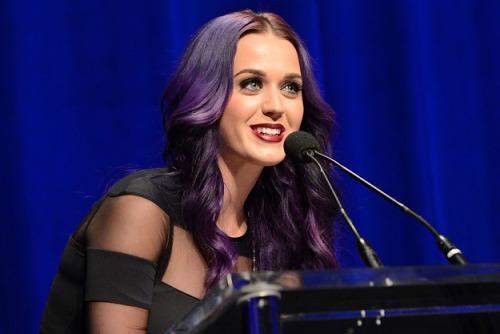I'll be live-blogging and tweeting Katy Perry's keynote at the ASCAP Pop Expo today. Starts at 2 p.m. PT. She will be speaking for a a full hour. More details soon.