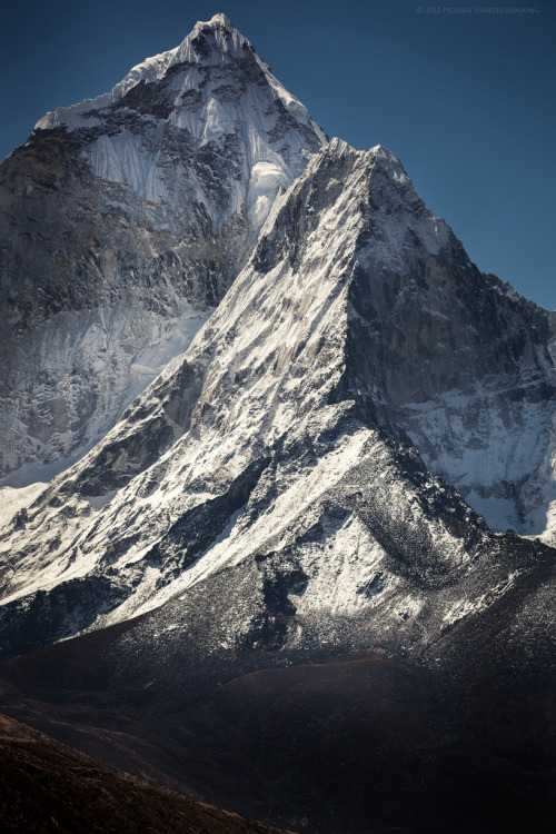 eocene:  West Face of Ama Dablam (by Zolashine)