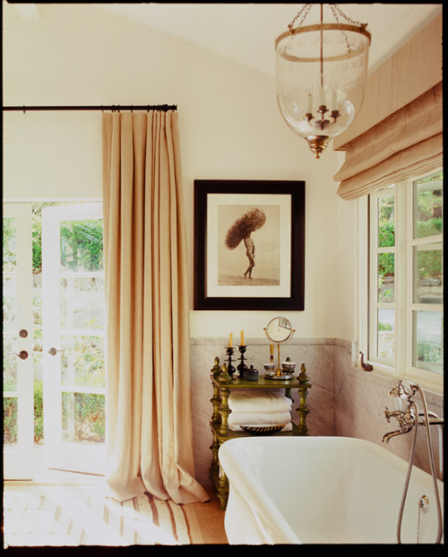 georgianadesign:  California ranch with African influence. Martyn Lawrence Bullard.