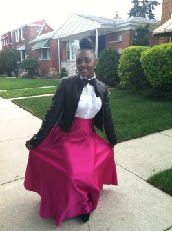 blackandkillingit:  Pink formal skirt with white button up black Bowties and hanky.  *always* here for multigender formalwear (esp. when it looks this good)