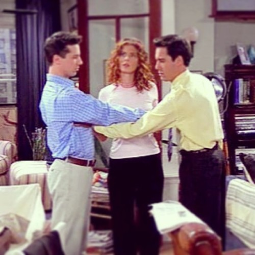 ladygorg:  The funniest scene out of the whole season! #willandgrace #seasontwo #dasboob #touchingup #secondbase #lol