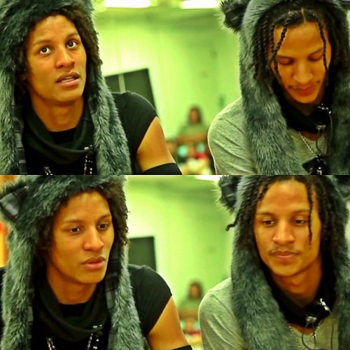 breaklow86:  makicomino:  #lestwins #cute #cool #japan #love @larryoff @lestwinsoff  :)