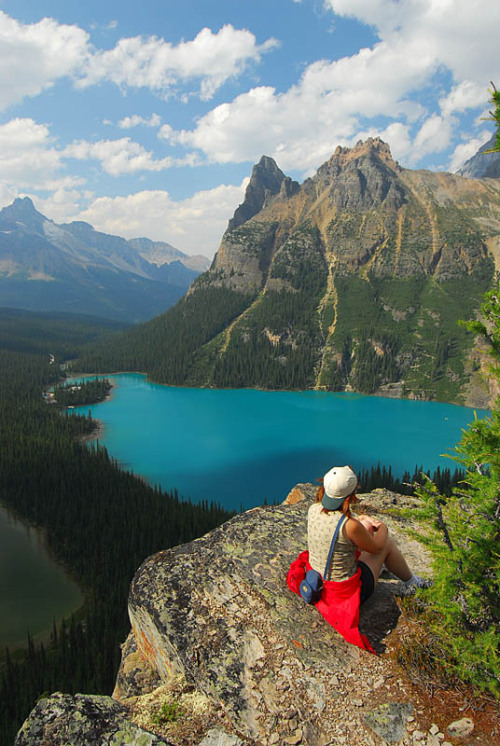 visitheworld:  Admiring Lake O'Hara from Opabin Prospect in Yoho National Park, Canada (by Cormac).
