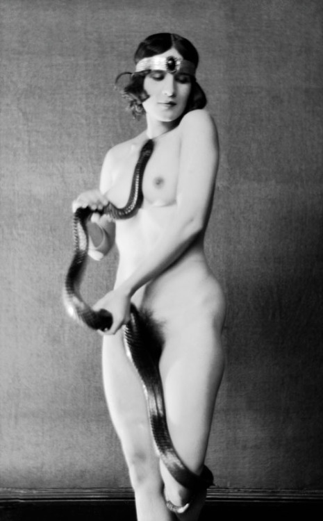realityayslum:  Emil Otto Hoppe - Ms. Diana Verne, Dancer with Snake, 1922. … via the E.O. Hoppe Estate Collection