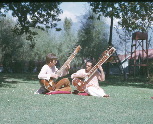 Ravi Shankar 7 April 1920 – 11 December 2012 You will be missed tremendously. Thank you for the amazing music! Rest In Peace <3
