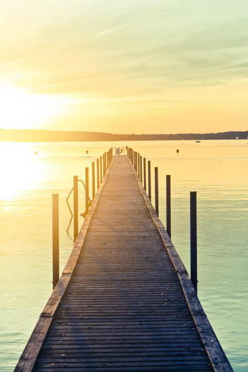 travelingcolors:  Jetty in Furesøen | Denmark (by The Top Hat Bandit)