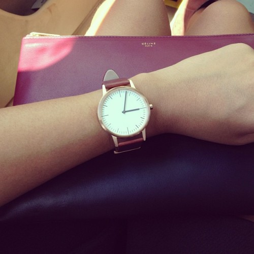 mangoflower:  puhcific:  peeccavii:  velvet-fridays:  Celine clutch  so classy  I'd like both.  .