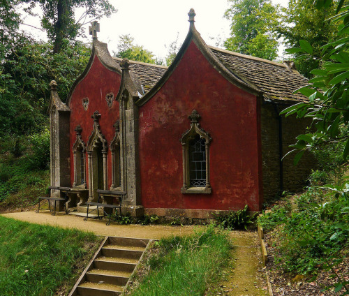 tselentis-arch:  Painswick Rococo Gardens, Red House, England, UK Photo: Peter Clarkson, via Benjamin Sirota Rococo Affiliate Link Garden Styles: An Essential Guide