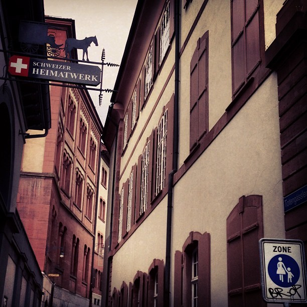 Basel Street #switzerland #swiss #basel #street #europe #architecture #travel #iphoneography #iphoneonly #picoftheday #photooftheday