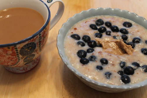 healingvegan:  breakfast- oatmeal with blueberries and vanilla almond butter, and coffee with soy milk
