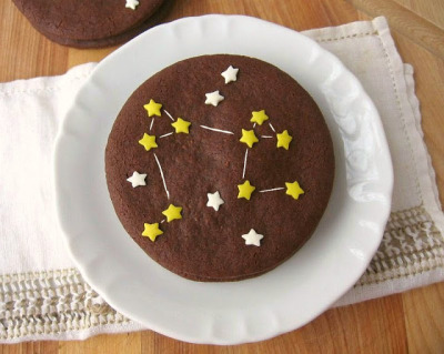 confectionerybliss:  Aries Chocolate Constellation Sablés recipe here