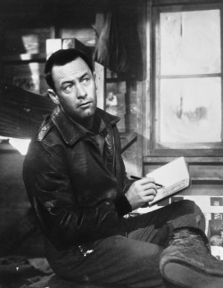 bathtubginjazz:  William Holden