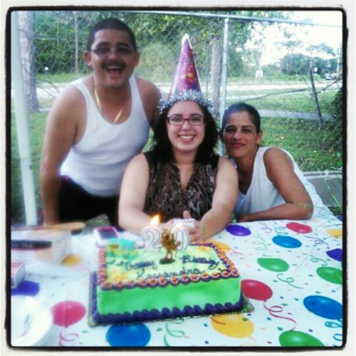 #uncle #mom #cakeing #20th bday #2/24/2013♥
