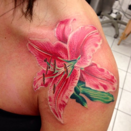Cool ass #lily I started last night, still got work to do used @eternalink @neotatmachines @tattooafterlife as usual thanks for lookin!