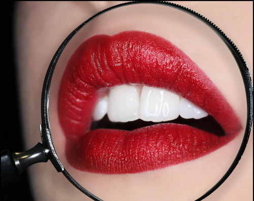 Will you be wearing red lips this weekend?
