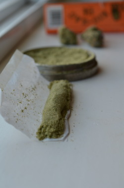 incredible-kush:  Kief joint