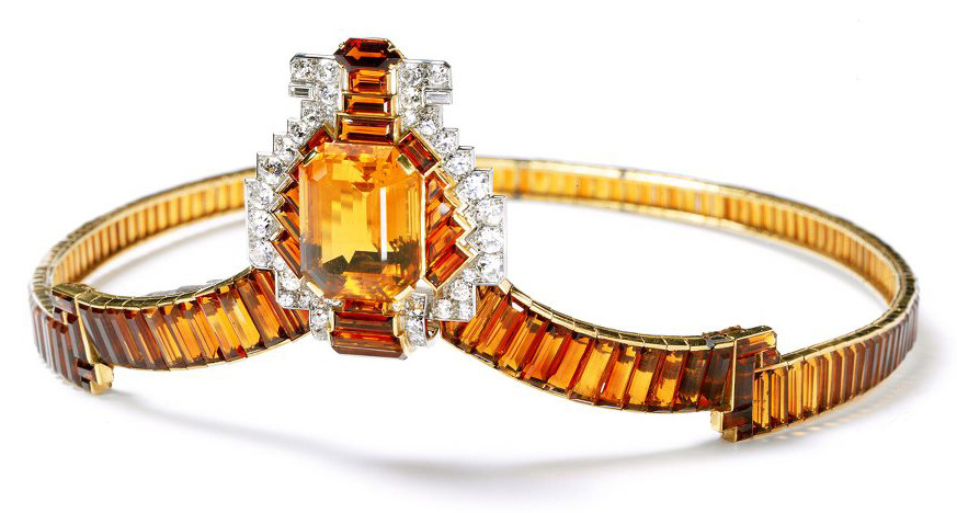 Tiara - Cartier, 1937. The central citrine weighs 62 carats.