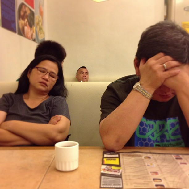 Midnight snack with my tired  buddies. What an exhausting fridate. #parentstime #blessed #exhaustingday! 😬