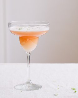 foodopia:  grapefruit margarita: recipe here