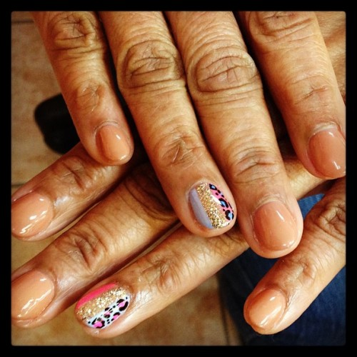 nailsbymariko:  #nude #nails #gelpolish #betty #leopard #print #glitter