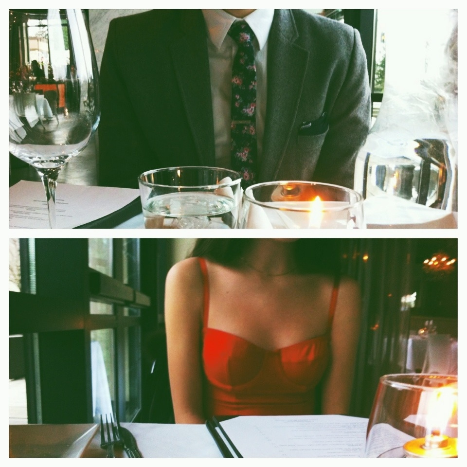 boletus:  nakedasicame:  My idea of date.  love thiss ughh