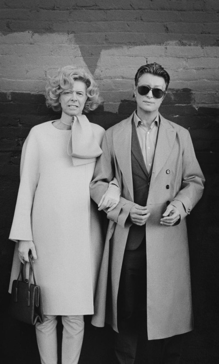 David Bowie and Tilda Swinton swap costumes from Bowie's The Stars (Are Out Tonight) video Photo via Reddit