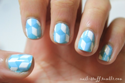 Geometric nails! I normally do pictures, so this time I decided to do a pattern. I was inspired by Mr. Candiipants' geometric nail art (she's really good at doing the geometric diamond steps design). I'll try to post another design later this week, these we're a bit rushed  For the base color I used Jock Juggler by Sation