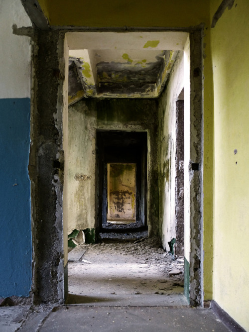 plattenbau decay architecture of doom Architecture lensblr photographers on tumblr