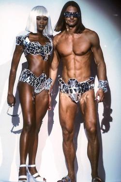 ahmoses:  Naomi Campbell & Marcus Schenkenberg @ the Thierry Mugler Runway 1992