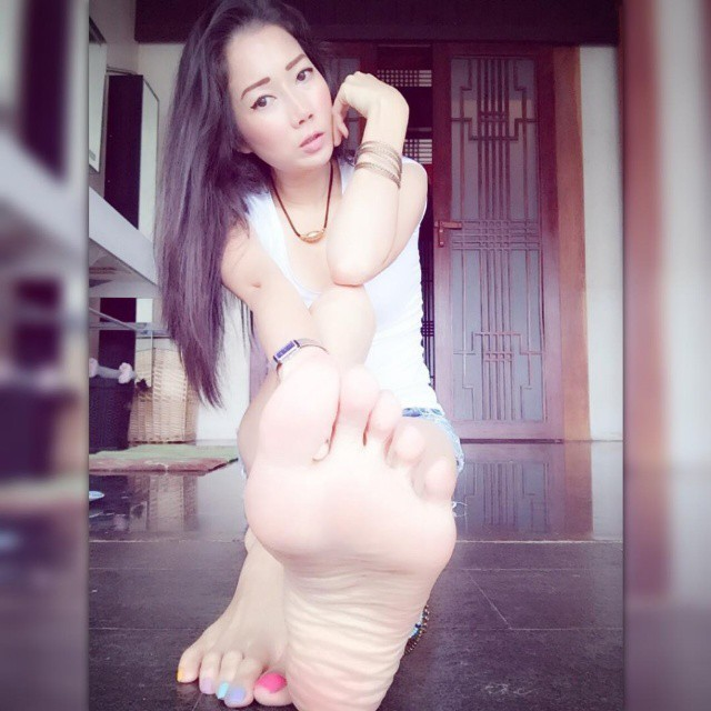 Foot Fetish Asian 113